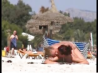 Man Films Two Sexy Bisexual Babes at the Beach