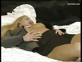 Brunette and Blonde Friend Get Fucked At the Same Time