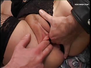 Blonde Gets Her Pink Pussy Worked By Two People