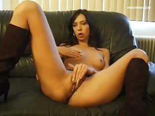 Hot Girl Gets Her Ass Eaten Out