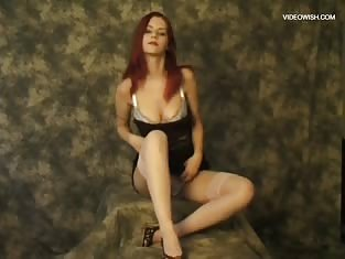 Camera Man Gets Up Close to a Sexy Redhead