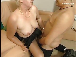 BBW Granny gets fucked - kinda