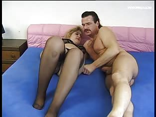 Big booty blonde getting fucked