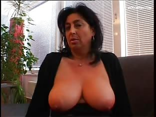 Big Boobed Mature Suck & Fucks